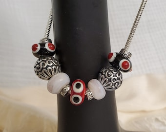 Aesthetically For You Black and Red Necklace