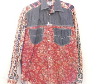 884c7ab9185 Cotton men shirt size Medium flower 70 s pattern made in Italy brand REPLAY  OOAK