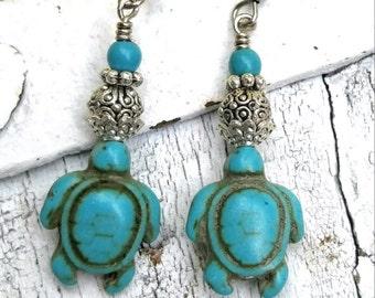 Handmade Sea Turtle Earrings, SEA TURTLE Jewelry, Turquoise EArrings, Beach EaRRings, TuRTle Lover Gift