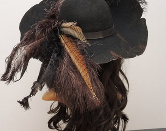 3362f46f924d8 Barbossa Pirate Hat  Pirate hat  Barbossa steampunk  Gothic  black felt hat  with feathers LARP accessory mask spell black