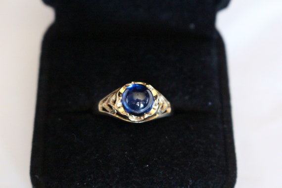 Blue Glass Cabochon Ring | 10k Yellow Gold Ring