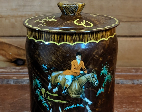 Vintage Toffee Tin Fox Hunters George W. Horner Co. Ltd