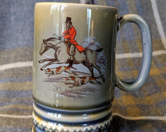 Vintage Mug Music Box Wade Killarney Fox Hunter Reuge