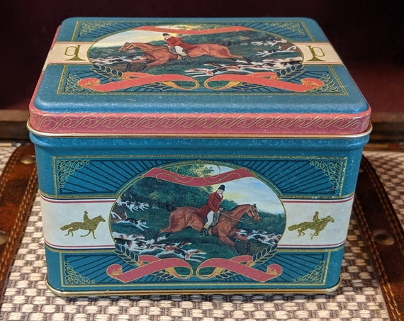 Vintage Square Tin Victorian Hunters & Hounds