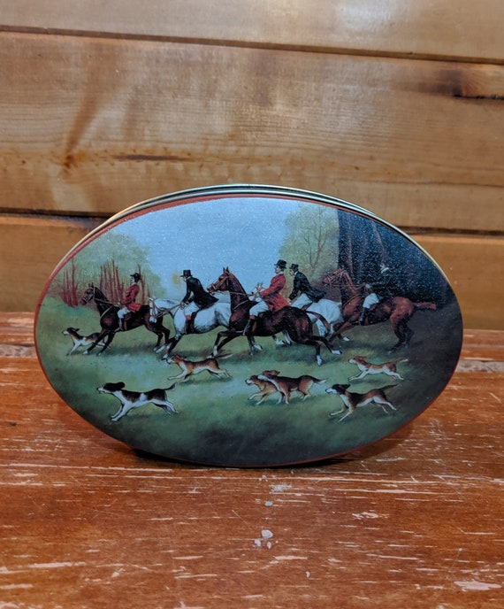 Vintage Oval Tin Colorful Field Hunters
