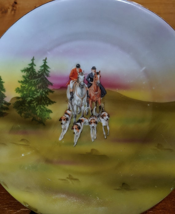 Vintage Plate Royal Bayreuth Fox Hunting Pair Collectible 1910