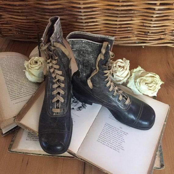 Edwardian Childs Shoes, Antique Childs Boots, Vict
