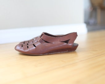 5829a1334e9de9 vintage cut out brown leather mary janes wedge womens 8