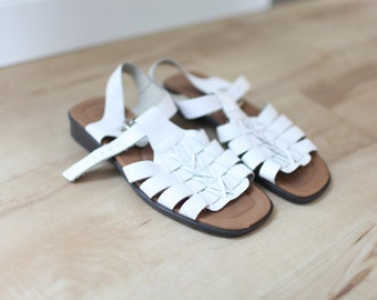 86a31fa949d50 vintage strappy white leather t strap sandals womens 8