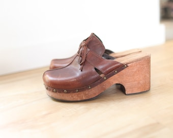 dca8bac5b7 vintage brown leather wooden clogs womens 8