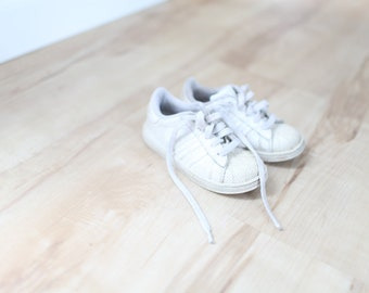 85582c2b6a62 vintage adidas white classic kids sneakers 10 superstar retro
