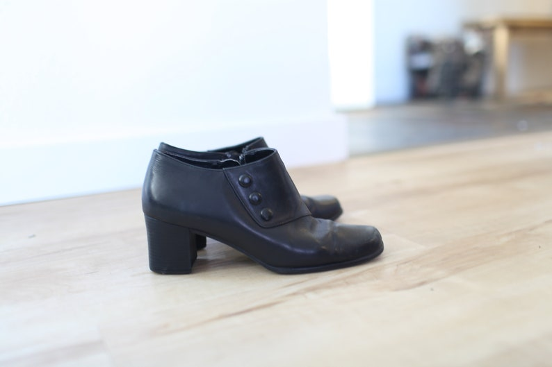 13343266c179 Vintage black leather oxfords ankle boots button up womens 7