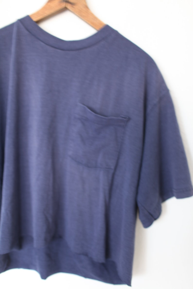vintage faded blue pocket cropped slouch top t shirt #0335