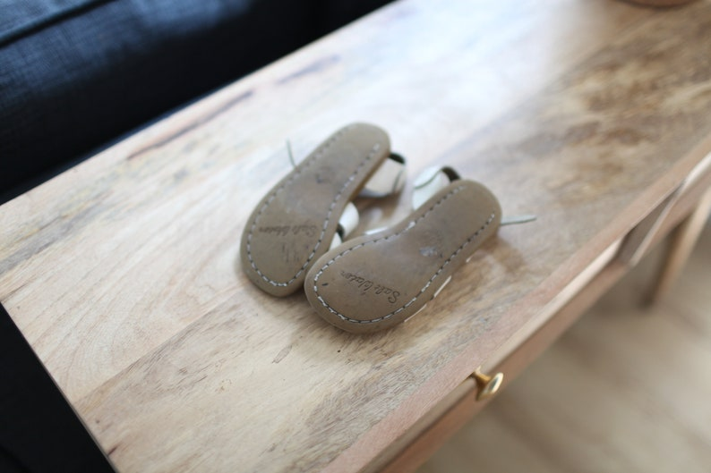 vintage white leather salt water sandals kids  9