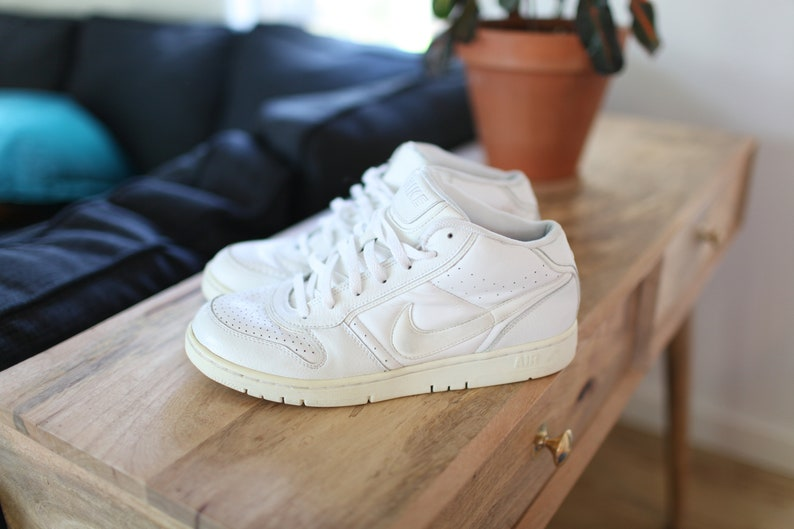 3e69315ac367d vintage nike white air force one high tops leather sneakers mens 9 1/2