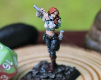 Painted Metal Miniature - Human, Half Elf, Bard, Musician