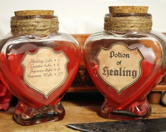 Supreme Potion of Healing - Heart Shaped Large D4 dice jar - 10 Red Polyhedral Dice