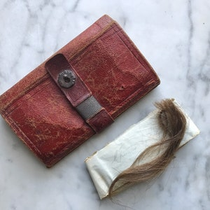 Antique Hair Memento \u2022 Sweet Little Victorian Lock of Hair on Bobbin Doily\\Lace
