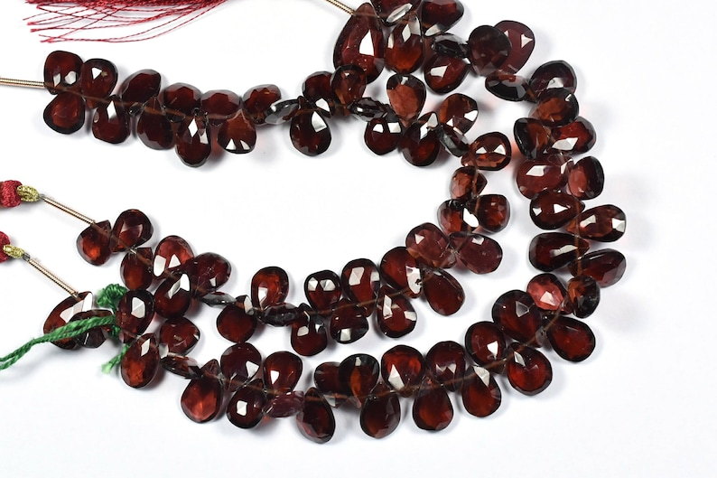 AAA 7 Inch 7x9-7x12mm Natural Mozambique Red Garnet Gemstone Faceted Pear Shape Briolette Beads Strand-44 Beads ApxStrand 0953-954-0181-83
