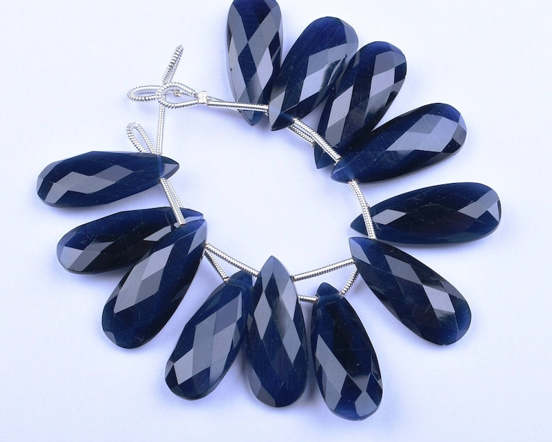 2386-87 Cat/'s Eye Effect AAAA 3 Matched Pair 10x25mm Deep Blue Quartz MicroFaceted Pear Briolette Beads Strand