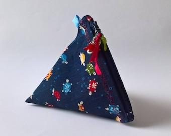 Kit berlingot in Japanese fabric dark blue turtle pattern 13 x 13 cm