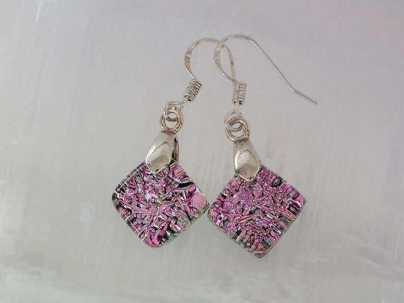 Dichroic glass earing and sterling silver .925. B20