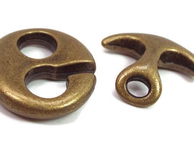 TOGGLE CLASP,  Hook and Eye Large Size, Antique Bronze. Set of 2