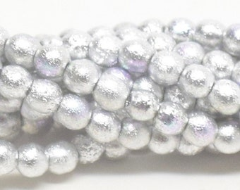 Druk, 4mm Smooth, ETCHED SILVER AB, 50 Beads per Strand