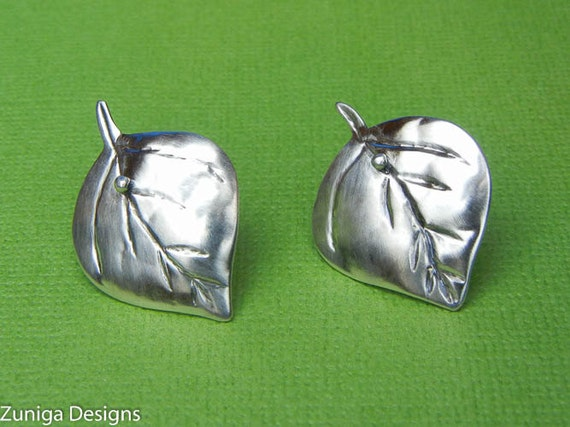 "Aspen Leaf Earrings, 3/4"" x 1-1/8"", 21mm x 28 mm, Approx Size, Silver Hammered, Ear Post. Nice gift for Mom."