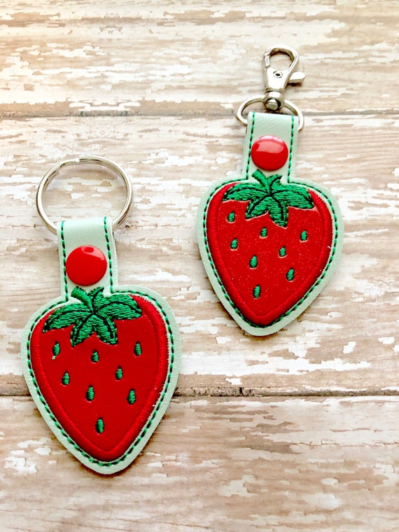 KEYCHAIN Double-sided acrylicGlitter ApoxyRose Heart Chain Strawberry Cow you make me go wow~!
