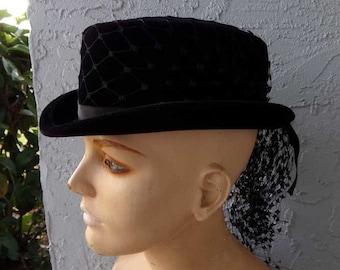 57d280105b1 Vintage Bowler Hats