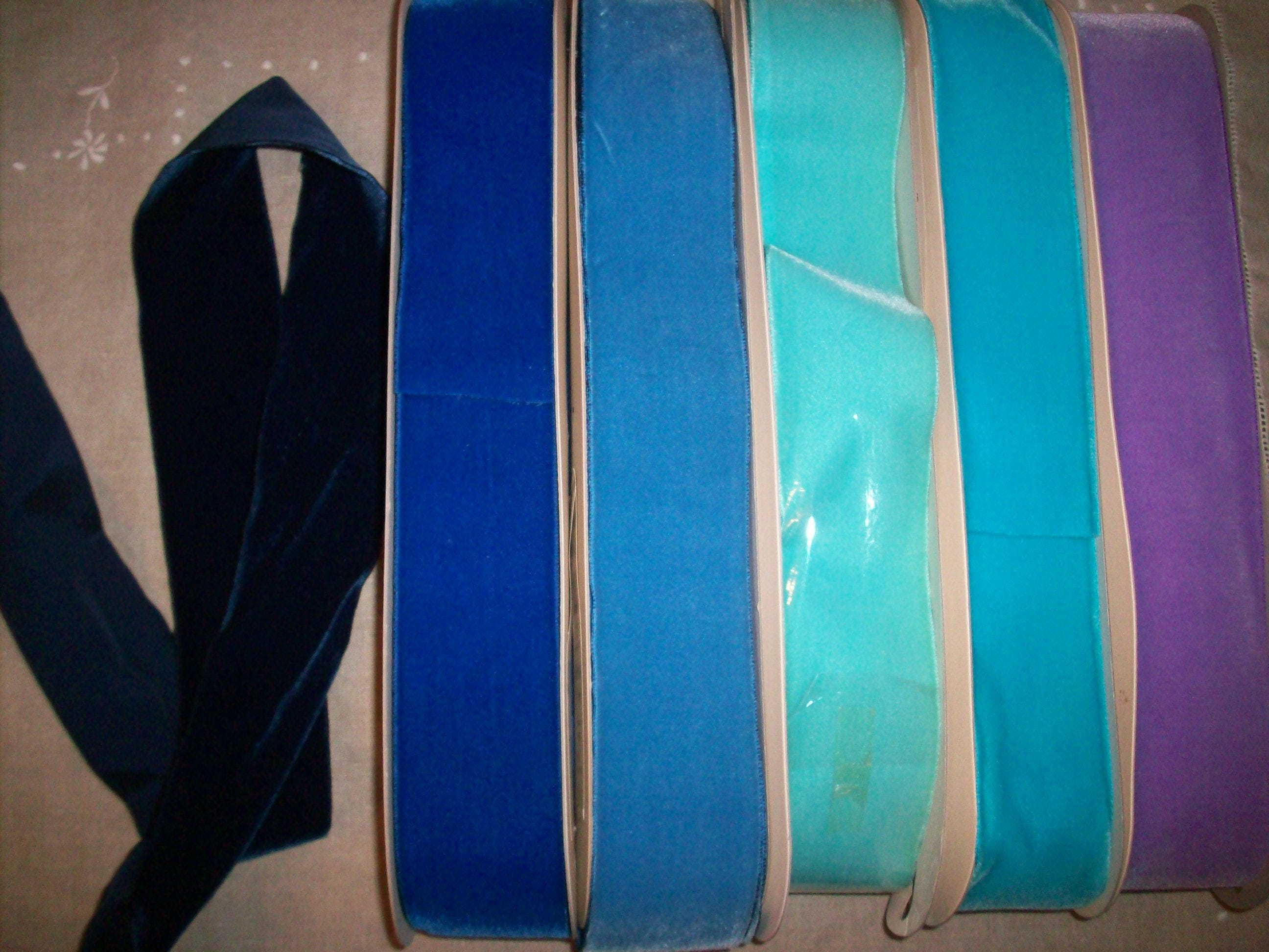 10 taffetas verges. Velours au dos taffetas 10 de nylon et rayonne vintage dans les différents couleurs 2