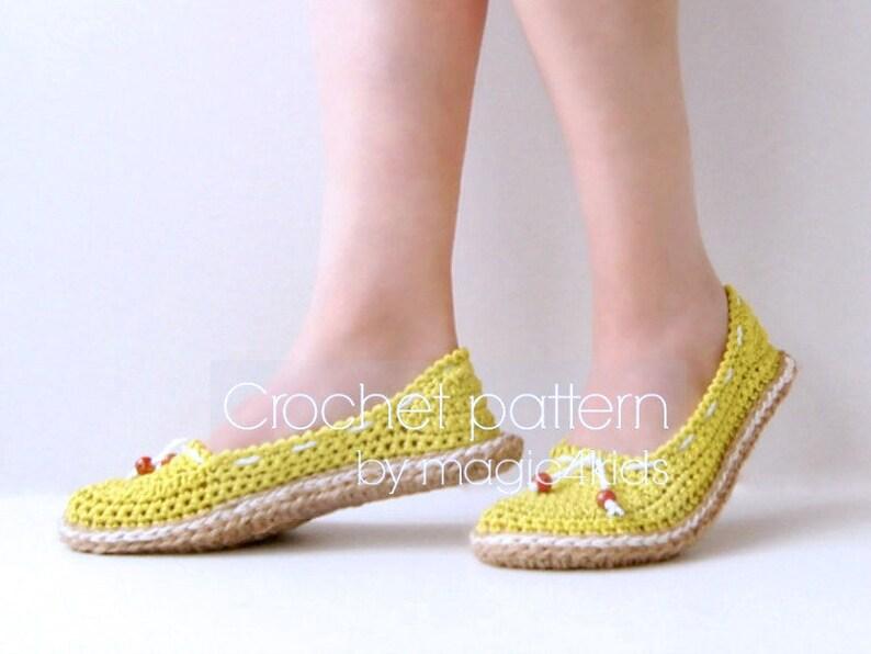 3ff494646b3 Crochet pattern  women slippers with jute rope solessoles