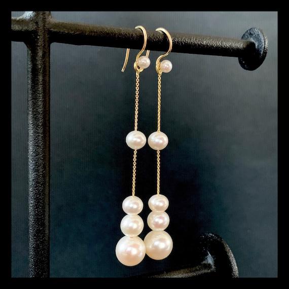 The Calla Pearl Earrings