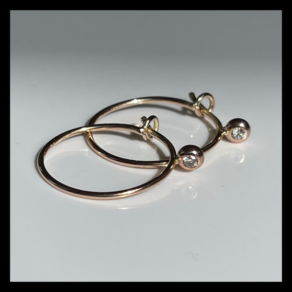 The Small Blanca Hoops