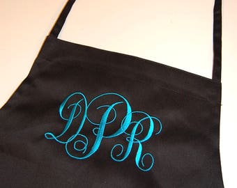 Personalized Apron, Monogrammed Apron, Bridal Party Gift, Bridesmaid Gift, Chef Apron, Cooks Apron, Gift for Her, Bakers apron, custom apron