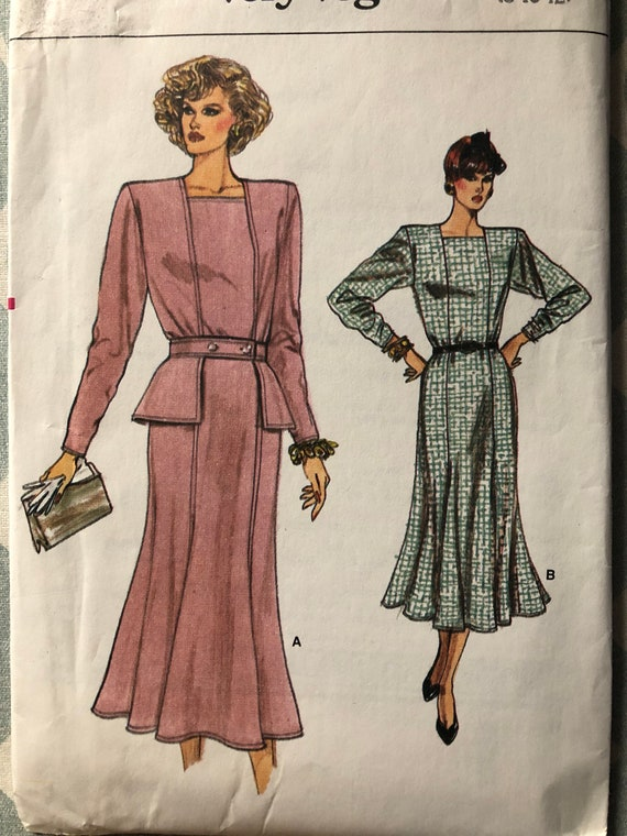 Fitted and Flared Dress, Shoulder Pads in Sizes 8-10-12 Complete Uncut/FF Vintage 80s Vogue Sewing Pattern 9670