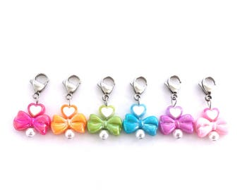 Crochet Stitch Markers with Rainbow Kawaii Bow and Hearts Locking Progress Keepers for Knit and Crochet - Set of 6