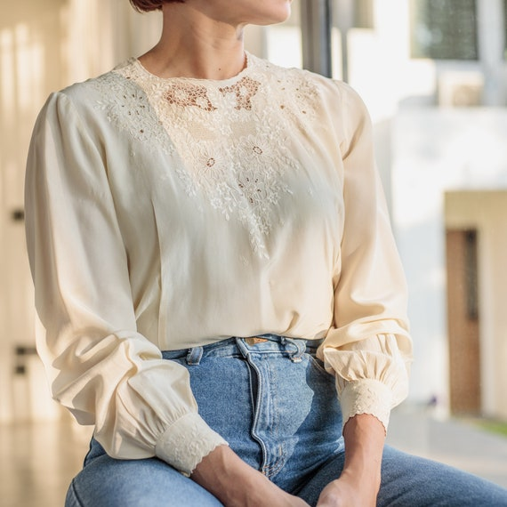 Handmade Ivory PURE SILK vintage blouse with detailed  embroidered collar and pockets