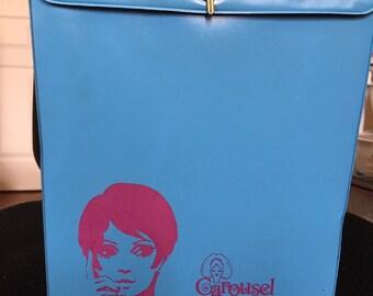 6a3629ae585 Carousel Blue   Purple Wig Hat Travel Case Box Vinyl with Plastic Handle  Twiggy Model Mid Century Modern Retro 1960s Styrofoam Head
