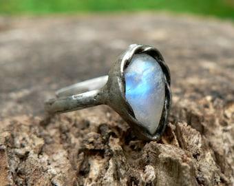 Rainbow Moonstone Gemstone Ring made with Tiffany technique, Healing Stone