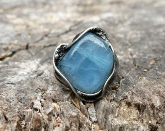 Dreaming - Kyanite Gemstone Ring made with Tiffany technique