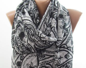 SOFT Cotton Scarf Shawl Paisley Scarf Black and White Scarf Pareo Scarf Beach Cover up    Fashion Accessories Holiday Gift For Women