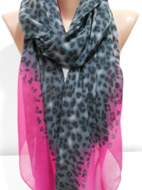 76618fa9dae5 Coton écharpe léopard foulard léopard gris rose chaud foulard   Etsy