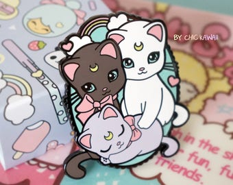 Chic Kawaii sailor moon pin cats big size, great quality, super cute