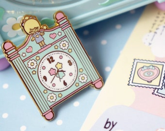 Enamel pin polly pocket style chic kawaii magic pastel kawaii cute pins clock