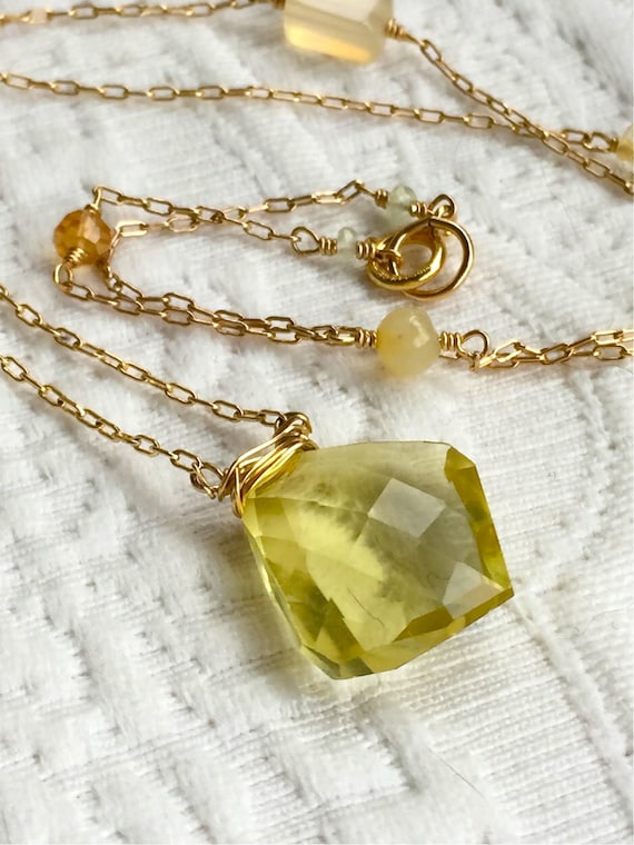 Citrine Necklace Chakra Jewelry Citrine Pendant Solar Plexus Manipura Chakra Gift with Meaning Yoga Gift November Self Esteem Birthstone