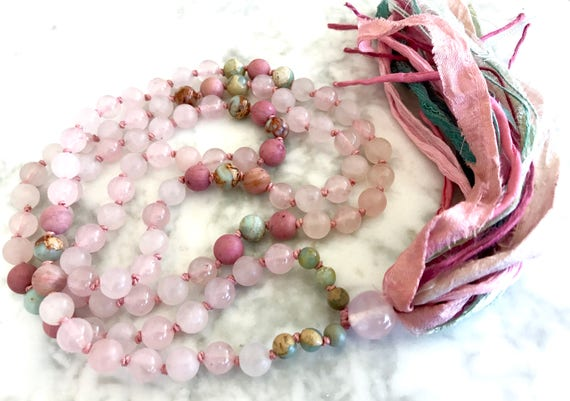 ROSE QUARTZ MALA Necklace 108 Mala Beads Rose Quartz Necklace Heart Chakra Meditation Necklace Yoga Gift Healing Crystals Silk Sari Tassel