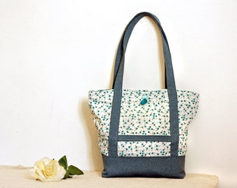 Romantic country chic tote bag white and light blue with flowers