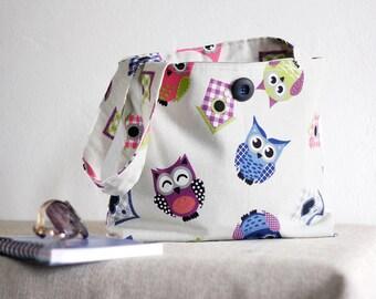 White shoulder bag with owls ,ooak